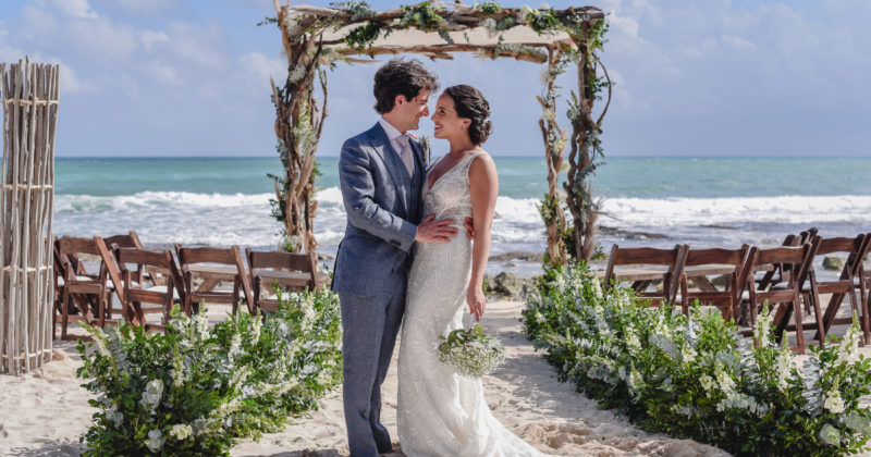 Playa del Secreto Wedding | Adriana y Carlos